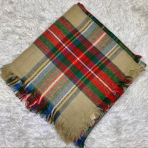 Large Plaid Fringed Hem Blanket Scarf Size 55x55